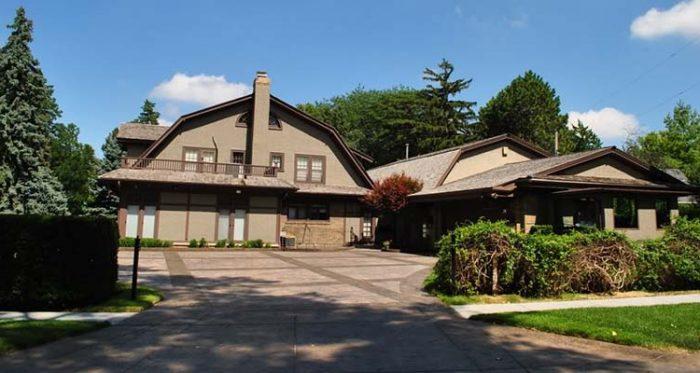 La Casa de Warren Buffett ¿Por qué es tan famosa?